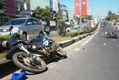 Hai xe máy tông nhau, 4 người nhập viện
