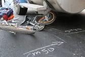 Xe container va xe đạp, 1 học sinh bị thương nặng
