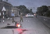 Taxi đâm xe máy, hai phụ nữ nguy kịch