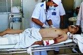 Khánh Hòa: Xe khách tông xe bồn, 1 người chết, 5 bị thương