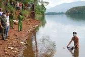 Phát hiện thi thể nam thanh niên nổi trên hồ nước