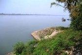 Truy tìm tung tích xác nữ giới chết trôi sông