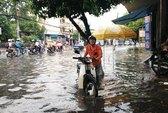 Biên Hòa: Mưa lớn làm nhiều tuyến đường bị ngập