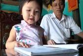 Mới 4 tuổi đã đọc, viết thành thạo