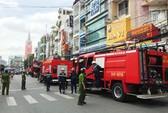 Cháy gần chợ Tân Định, dân chúng nhốn nháo