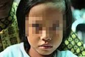 Bắt kẻ 2 năm hiếp dâm con gái riêng của vợ
