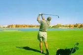 Dạy đánh golf, làm gãy 6 răng người học
