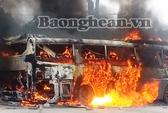 Cháy xe, 175 triệu đồng của khách bị thiêu trụi
