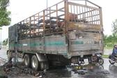 Vừa qua hầm sông Sài Gòn, xe tải cháy ngùn ngụt