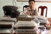 Chở 40 kg thuốc nổ đi tìm vàng