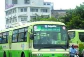 Đình chỉ 17 tài xế xe buýt đua tốc độ hàng trăm lần