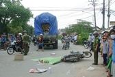 Va chạm xe tải, vợ chết, chồng bị thương