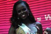 """Người đẹp Sudan bất ngờ thành """"Hoa hậu của các hoa hậu"""""""