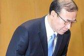 """Công tố viên trưởng Hàn Quốc """"trả giá"""" cho cấp dưới"""