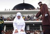 Tố cha dượng hiếp dâm, nạn nhân bị phạt đòn