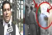 Ấn Độ: Kẻ hiếp nữ sinh bị đánh gãy tay trong tù