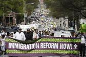 Thượng viện Mỹ thông qua dự luật cải tổ nhập cư