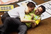 Nghị sĩ Đài Loan đánh nhau ác liệt