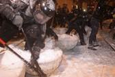 Cảnh sát Ukraine mạnh tay với người biểu tình