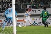 Công Vinh đá hay, Sapporo thắng lớn