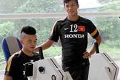 Hoàng Thịnh khó trụ lại U23