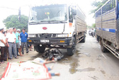 Bị rượt đuổi sau cuộc nhậu, hai thanh niên lao vào xe tải tử vong