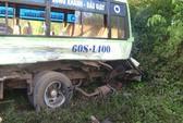 Xe container đâm xe buýt, 5 người trọng thương