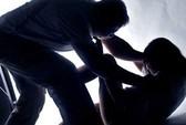 Bé 13 tuổi kết hôn với người cưỡng hiếp mình