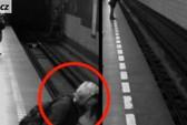 Rơi xuống đường ray khi tàu chạy đến vẫn không chết