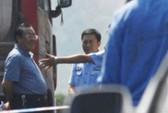 """Trung Quốc: Quan chức """"hớn hở xem tai nạn"""" ra tòa"""