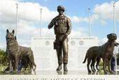 Mỹ lập đài tưởng niệm quân khuyển đầu tiên