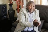 Phiên dịch trong lễ tưởng niệm ông Mandela đi điều trị tâm thần