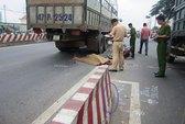 Tránh xe tải chạy giật lùi, 1 phụ nữ tử vong