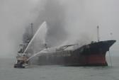 Tia lửa hàn làm cháy tàu Shun Cheng