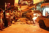 TPHCM: Ô tô tông chết 2 cha con