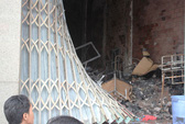 Giải cứu 5 người đang say giấc trong ngôi nhà cháy