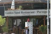 Nhà hàng Việt không tiếp ... người Việt