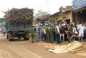 Xe tải chở mía cán chết 2 học sinh