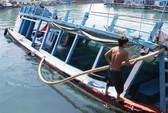 Nha Trang: Tàu du lịch chìm tại cảng Cầu Đá