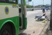 Thoát chết trước bánh xe buýt