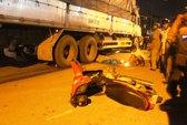 TP HCM: Xe tải, xe buýt cán chết 2 người