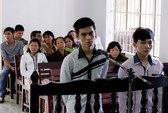 """Hai tên trong vụ """"chặt tay cướp SH"""" hầu tòa ở Ninh Thuận"""