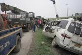 Xe Lào đấu đầu xe tải, 1 người chết, 2 người bị thương