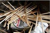 Truy tìm đũa tre Trung Quốc tẩm độc
