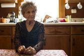 """""""Bậc thầy truyện ngắn"""" Alice Munro đoạt Nobel văn chương"""