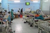 Hàng trăm công nhân nhập viện nghi do ngộ độc
