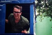 Giáo sư tốt nghiệp Harvard sống trong thùng rác