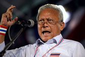 Thái Lan: Tư lệnh kêu gọi đàm phán, người biểu tình quyết chiến