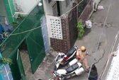 'Dậy sóng' clip quỳ lạy van xin cảnh sát giao thông