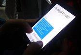 """MobiFone, VinaPhone lên tiếng về vụ """"móc túi"""" thuê bao"""